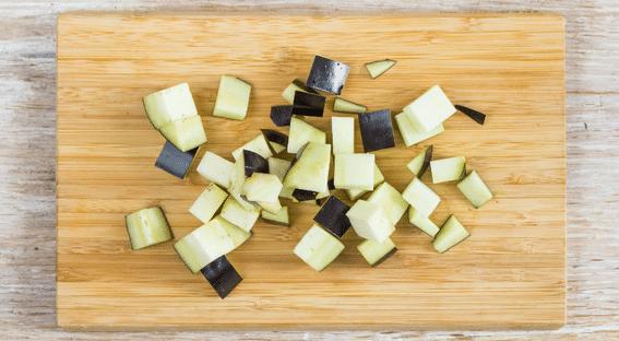 Баклажанная икра на зиму: 3 простых и вкусных рецепта, ну просто пальчики оближешь