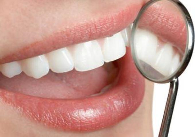 здоровая зубная эмаль