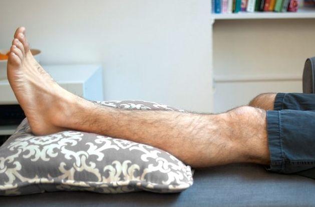 Что делать при растяжении мышц и связок на ноге