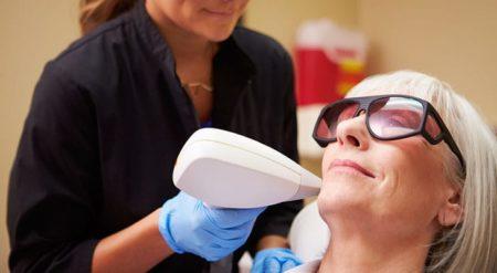 Лазерное удаление волос на лице: чего можно ожидать