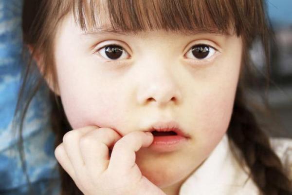 pochemu-rozhdayutsya-deti-s-sindromom-dauna