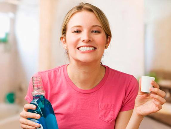 Как выбрать ополаскиватель для ротовой полости?