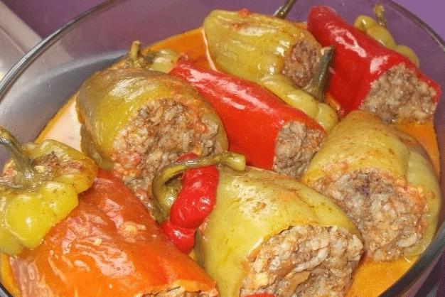 Фаршированные перцы: в духовке и мультиварке