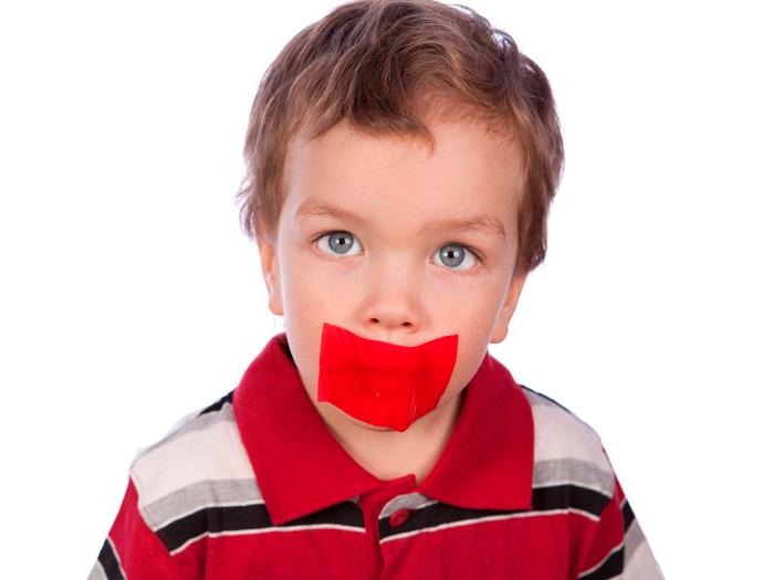 Почему появляется кандидоз во рту и как его лечить