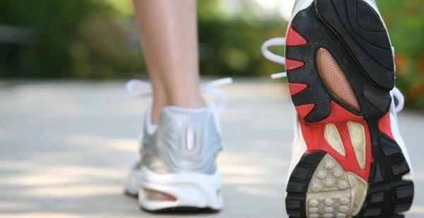 Средняя скорость человека при ходьбе (км/ч)