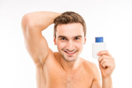 Стоит ли мужчине брить подмышки и как это делать правильно