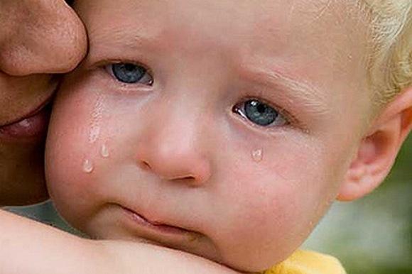 Почему ребенок постоянно плачет?