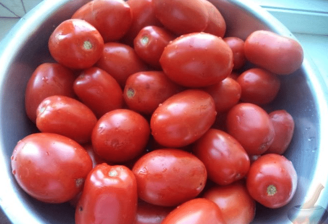 Мытые помидоры