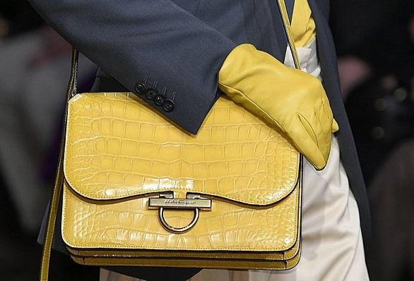 Выбираем сумочку: самые интересные модели зимнего сезона